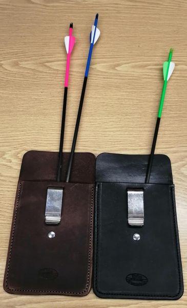 Taschenköcher aus Leder